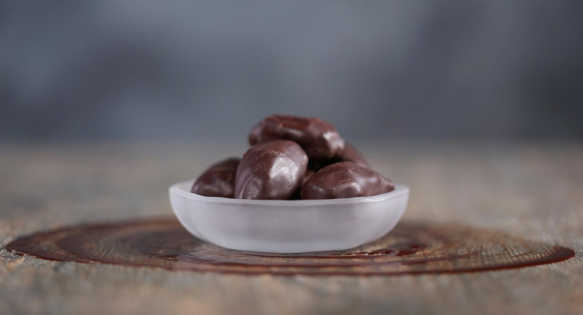 Chocolate dates | Tamrah